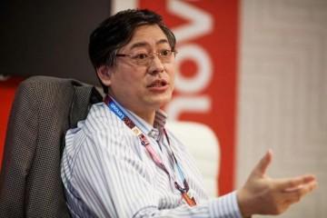杨元庆疫情期间联想少出产了400万部手机但营收比幻想好