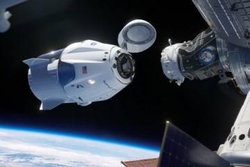 离目的地更进一步SpaceX载人龙飞船任务正按计划打开